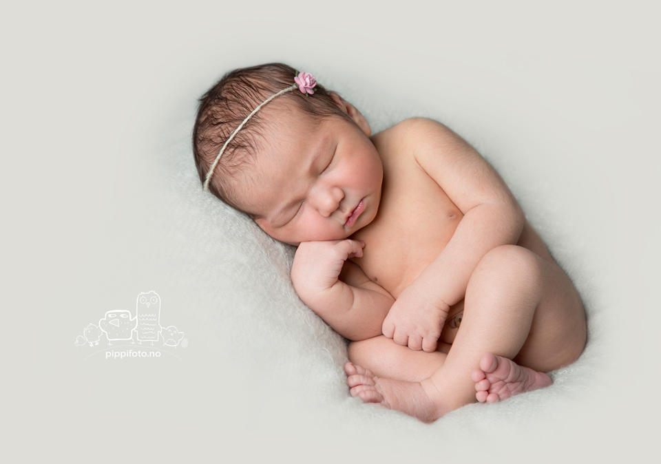nyfødtfotografering-oslo-nyfødtfotograf-oppegård-babyfotograf