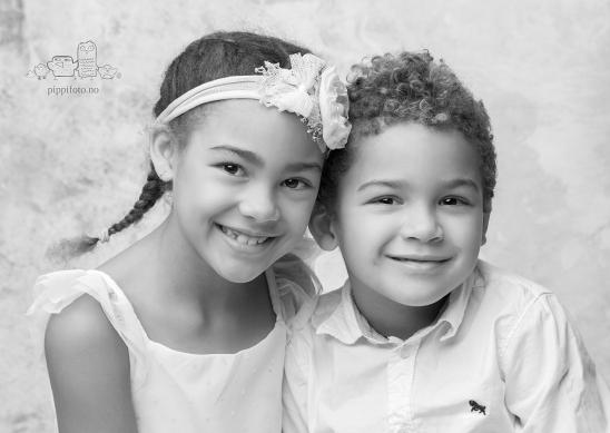 søskenbilder-barnefotograf-familiefotografering