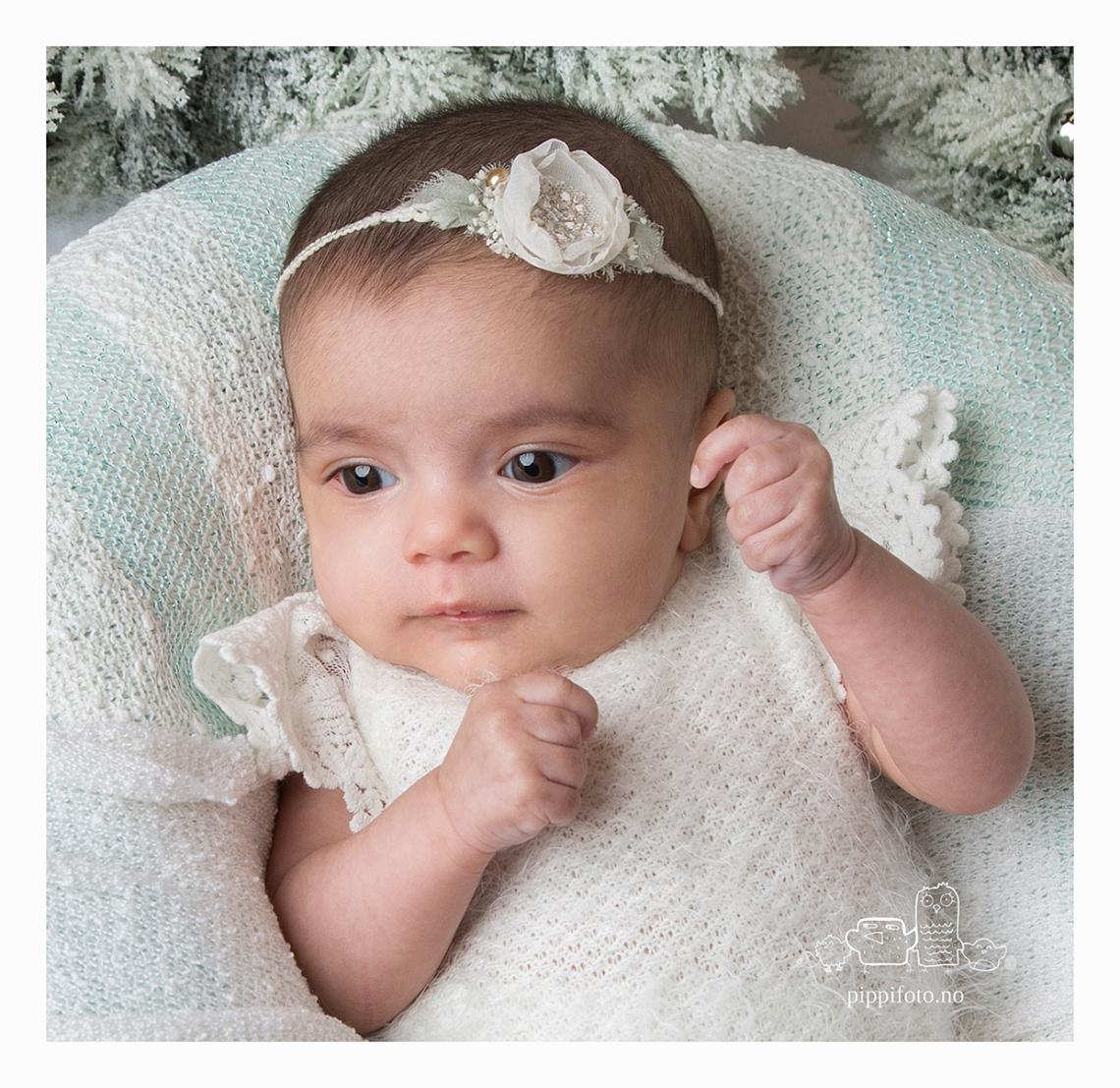 nyfødtfotografering-babyfoto-babyfotograf-Oppegård-familiefotografering