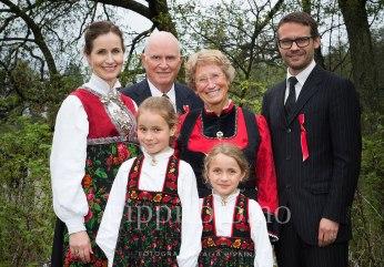 2-fotograf-konfirmasjon-familiefotografering-17-mai-fest-kolbotn-follo-nasjonaldag