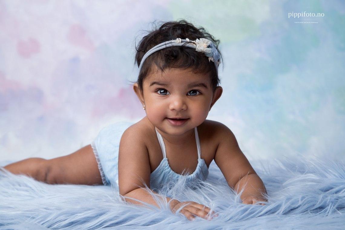 babyfotografering-babyfotograf-oslo-babybilder-permisjon-babyklær-nyfoedtfotografering