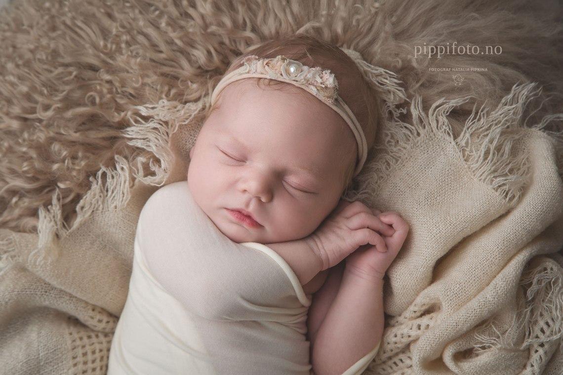 nyfødtfotografering-oppegård-nyfødtfoto-babyfotografering